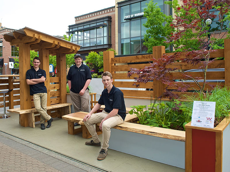 Update:  Parklet Designed by GISS Students Places Second