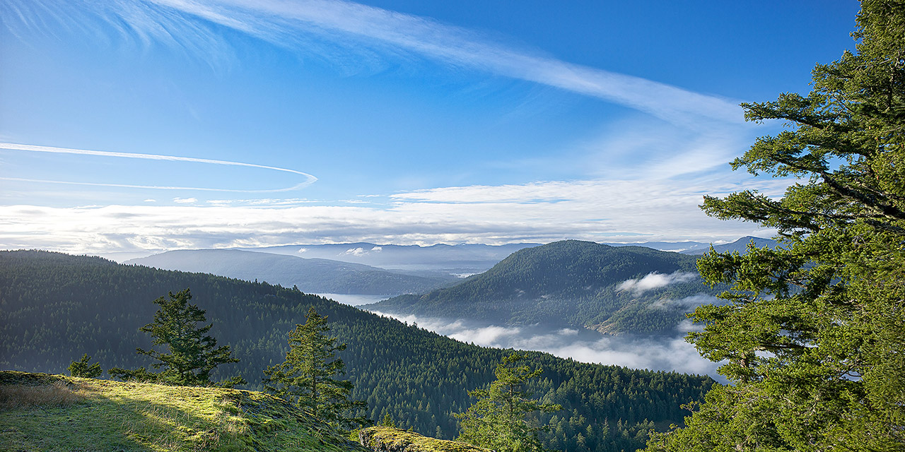 Mount Erskine to Vancouver Island ©johncameron.ca