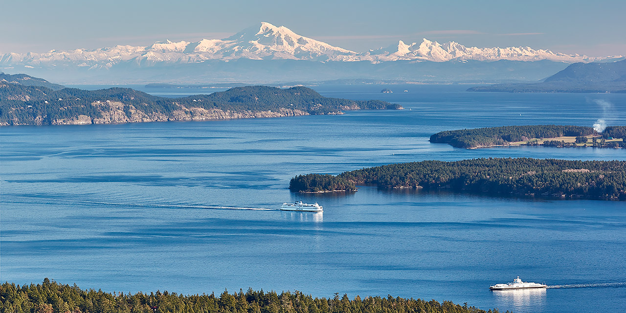 Salt Spring Island to the other Gulf Islands and Mount Baker ©johncameron.ca