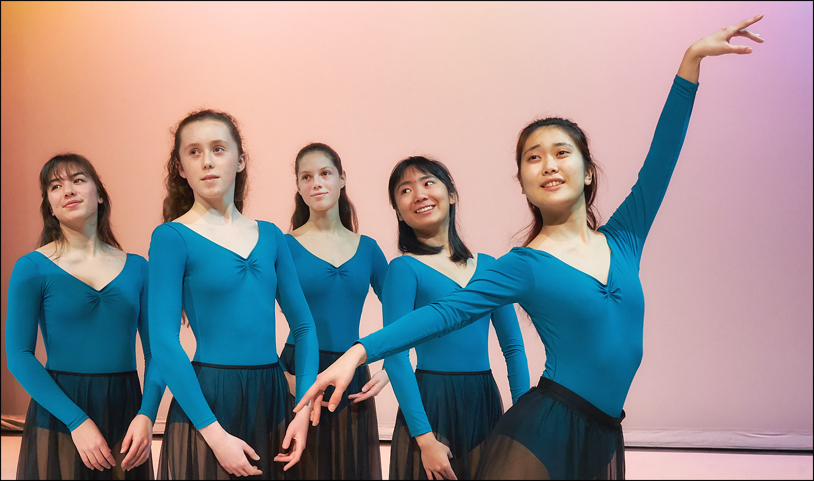 GISS Dance ©johncameron.ca